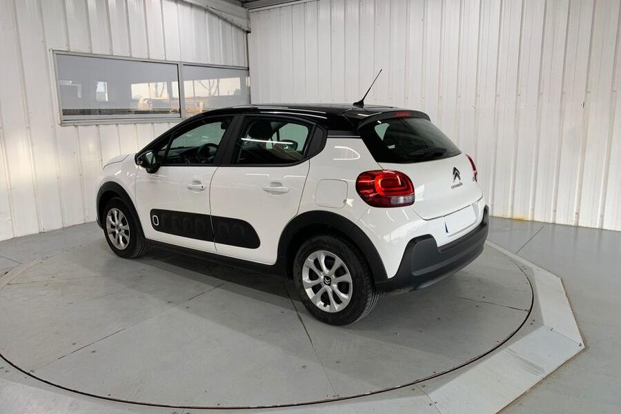 Citroen C3 à Niort : PureTech 82 Feel 5p - photo 2