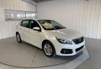 Peugeot 308 à Niort : 1.2 Pure Tech 130ch EAT8 Active Pack (Allure) 5p
